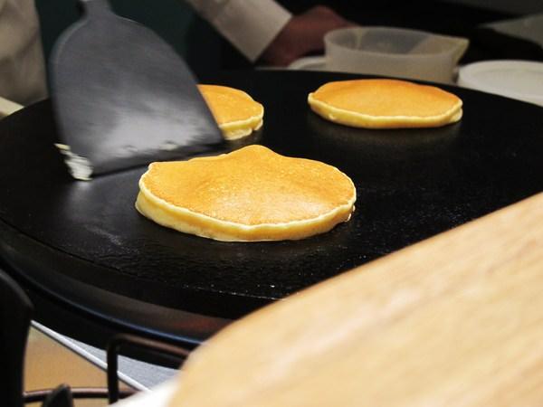 A WEEK PANCAKE&COFFEE:『A WEEK PANCAKE&COFFEE』台南巷弄中的美味煎餅,讓你每天都是周末般的好心情