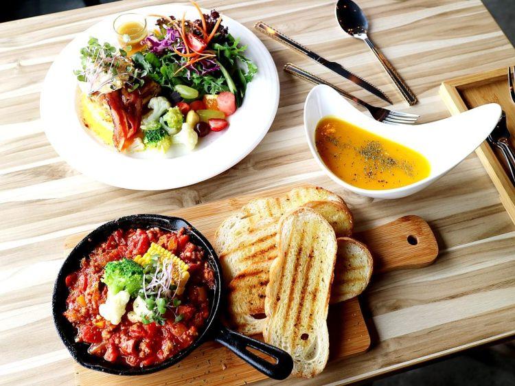 (台南。北區美食)MAP LAB 健康低脂創意早午餐沙拉:在貨櫃屋裡品嚐異國風味早午餐,健康低脂新享受,讓你身體無負擔!|早午餐,甜點,下午茶,義大利麵|近花園夜市|