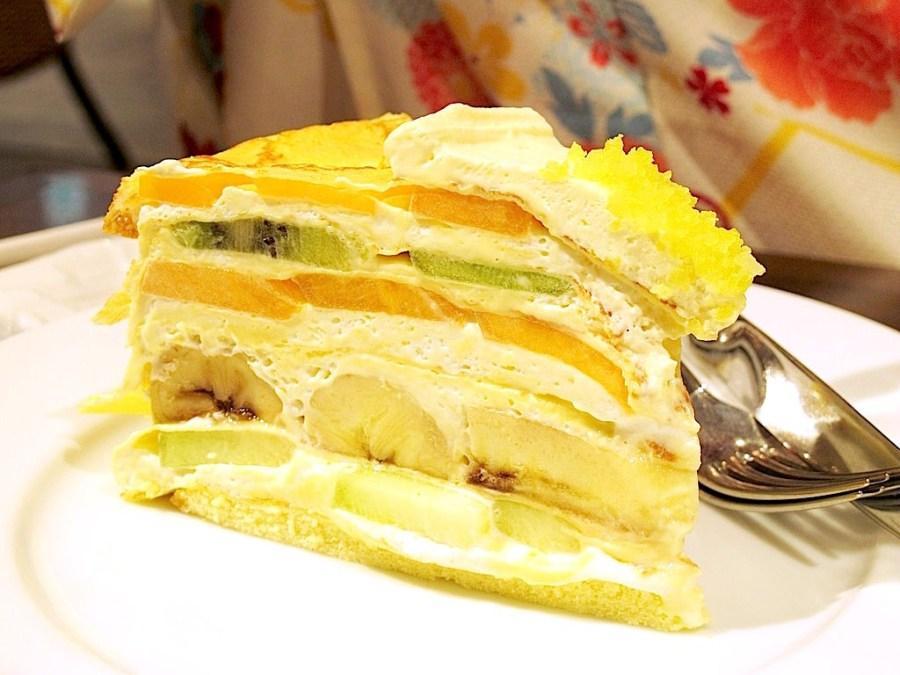 (日本旅遊。京都)HARBS_大丸京都店: 日本超人氣~水果蛋糕店,水果千層蛋糕,搭配英式茶,給你一個貴婦般的午茶時刻。 京都大丸百貨內 近鴨川