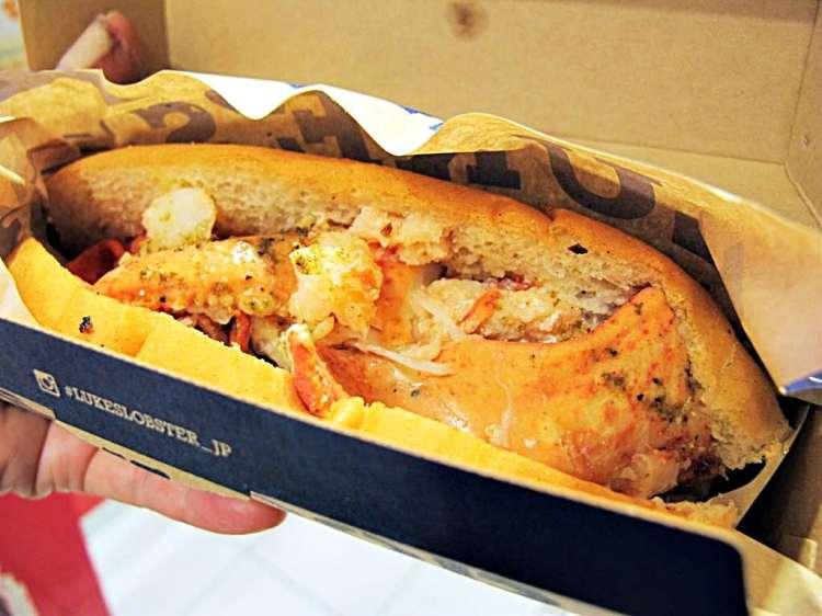 (大阪。美食) LUKE'S LOBSTER | 心齋橋 | 龍蝦三明治 | 新鮮又美味 | 吃的到原汁原味的龍蝦肉 | 全球火紅中
