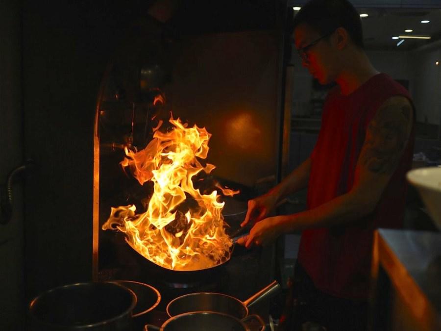 福來鱔魚【郡平店】:隱藏在安平區小北廣場的美味鱔魚意麵,傳承第三代的老滋味