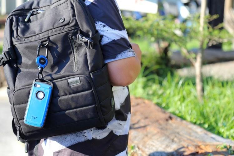 ROOT CO.x攜帶電話|GRAVITY Pro + MAGREEL 360|來自日本富士山腳下的登山系風格手機殼+手機掛勾,山林系配色低調質感,紅藍黃亮色系搶眼個性|讓手機輕鬆變成時尚配件/軍規防摔保護殼