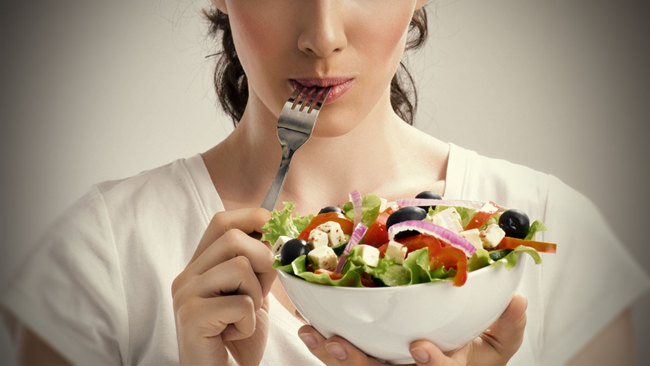 How the Food You Eat Makes You More (or Less) Productive