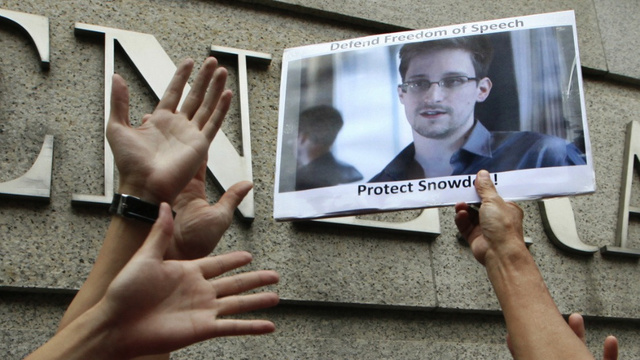 16 People Who Got Screwed Because Snowden's Email Provider Shut Down