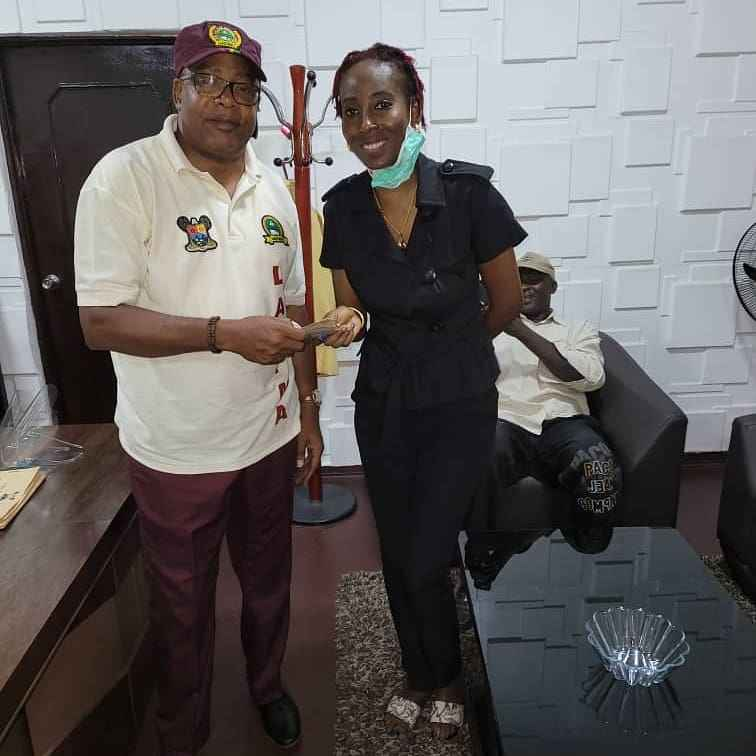 LASTMA Refunds Money to Lady Who Was Extorted By Police in Lagos (Photos) 5