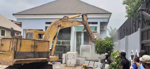House Belonging To Architect, John Who Pulled Down Airport Fence Demolish By Enugu Govt (Pic) 3
