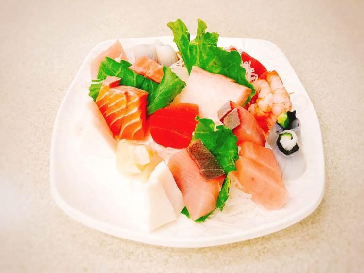 基隆海味海產店 》章記生魚片與生牛肉 | KEELUNG SEAFOOD
