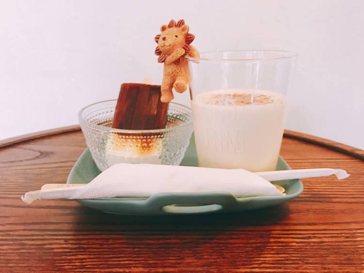 1/2 CAFE 》台北南京三民捷運站咖啡輕食店   雪糕冰拿鐵