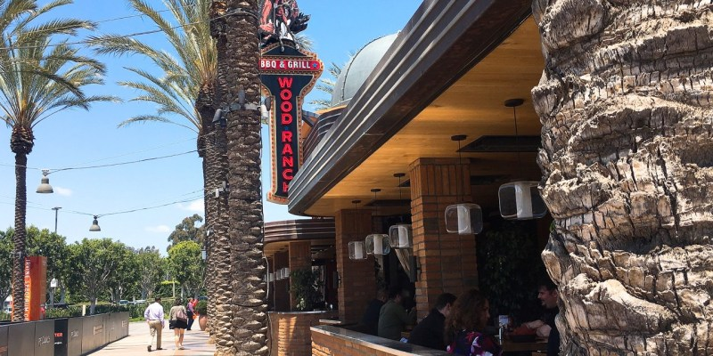 Wood Ranch BBQ & Grill》Irvine Spectrum Restaurant | 南加州燒烤餐廳