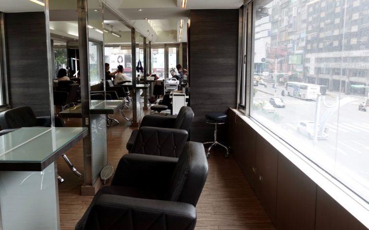 台北東區洗剪護染髮推薦 》選擇  Casa&View Hair Salon  連續8年的原因 | 內有折扣優惠