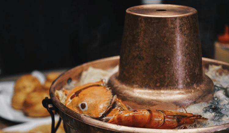泰和樓 》被銀絲卷擔誤的台北酸菜白肉鍋 | Taipei Pickled Cabbage Hot Pot