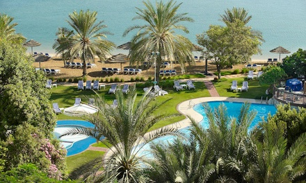 Lunch Buffet with Pool and Beach Access and Drinks for Up to Four at Le Meridien Abu Dhabi