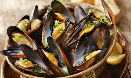 Menu di mare con vino per 2 o 4 persone al Ristorante Santo Stefano a Segrate (sconto fino a 59%)