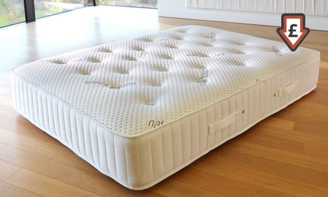 Groupon Goods Global Gmbh Ultimate Freshness 4000 Memory Foam And Pocket Sprung Mattress With Free