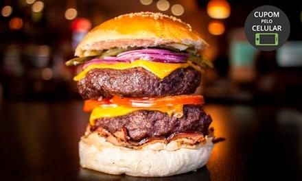 Hambúrguer + batata frita para 1 o u 2 pessoas no Arsenal Burgers & Beers – Hauer