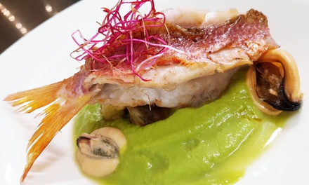 Menu gourmet di mare con calice o bottiglia di vino per 2 persone al Ristorante Konnubio ad Arenzano (sconto fino a 60%)