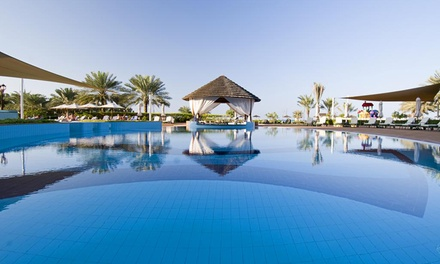 Abu Dhabi: 1 Night for Two with Breakfast, Half Board, Full Board or All Inclusive at 5* Danat Resort Jebel Dhanna