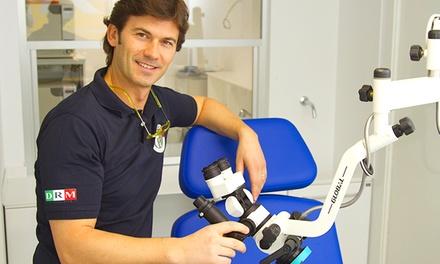 Visita odontoiatrica con pulizia denti o in più sbiancamento