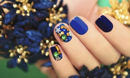 Corso di ricostruzione unghie con nails art per una o 2 persone da Beauty Queens Academy. Valido in 2 sedi
