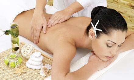 3 o 5 massaggi corpo con scrub salino da Body & Body (sconto fino a 87%)