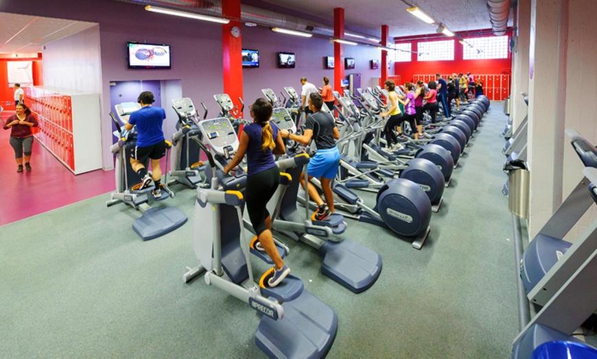 un mois de sport illimite avec acces aux cours collectifs pour 1 personne a 19 90 chez neoness