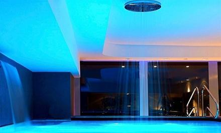 Chianciano Terme: fino a 3 notti con colazione, Spa, 1 massaggio e cena per 2 al Grand Hotel Ambasciatori 4*