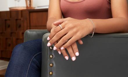 Manicure e pedicure con smalto semipermanente al salone Essenza Divina in zona Murri (sconto fino a 64%)