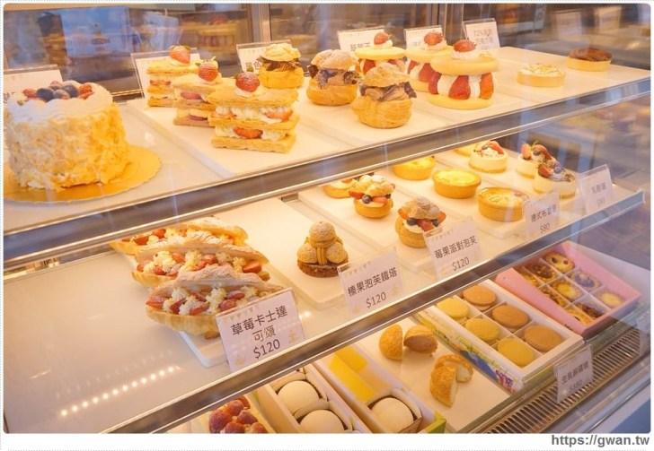 20180325234712 80 - 熱血採訪 | 卷卷蛋糕實體門市新開幕,買甜點送飲料,位置偏遠人潮卻不少