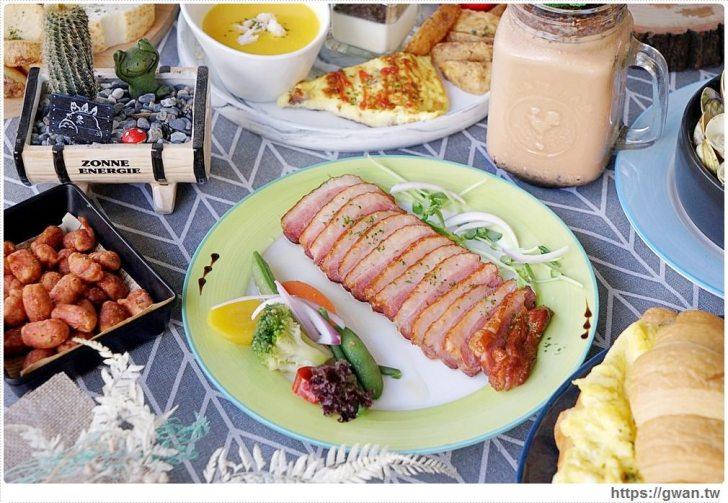 20190115230220 58 - 熱血採訪   晨光手作料理坊,早餐就能吃到巨無霸牛排可頌,平日不限時,點紅茶還可無限續杯!!