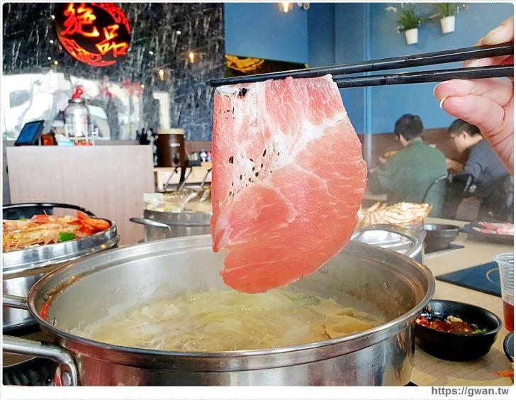 20190121215345 35 - 熱血採訪   沙鹿絕品火鍋,麻油鍋倒半罐米酒,直接上演超狂火焰秀