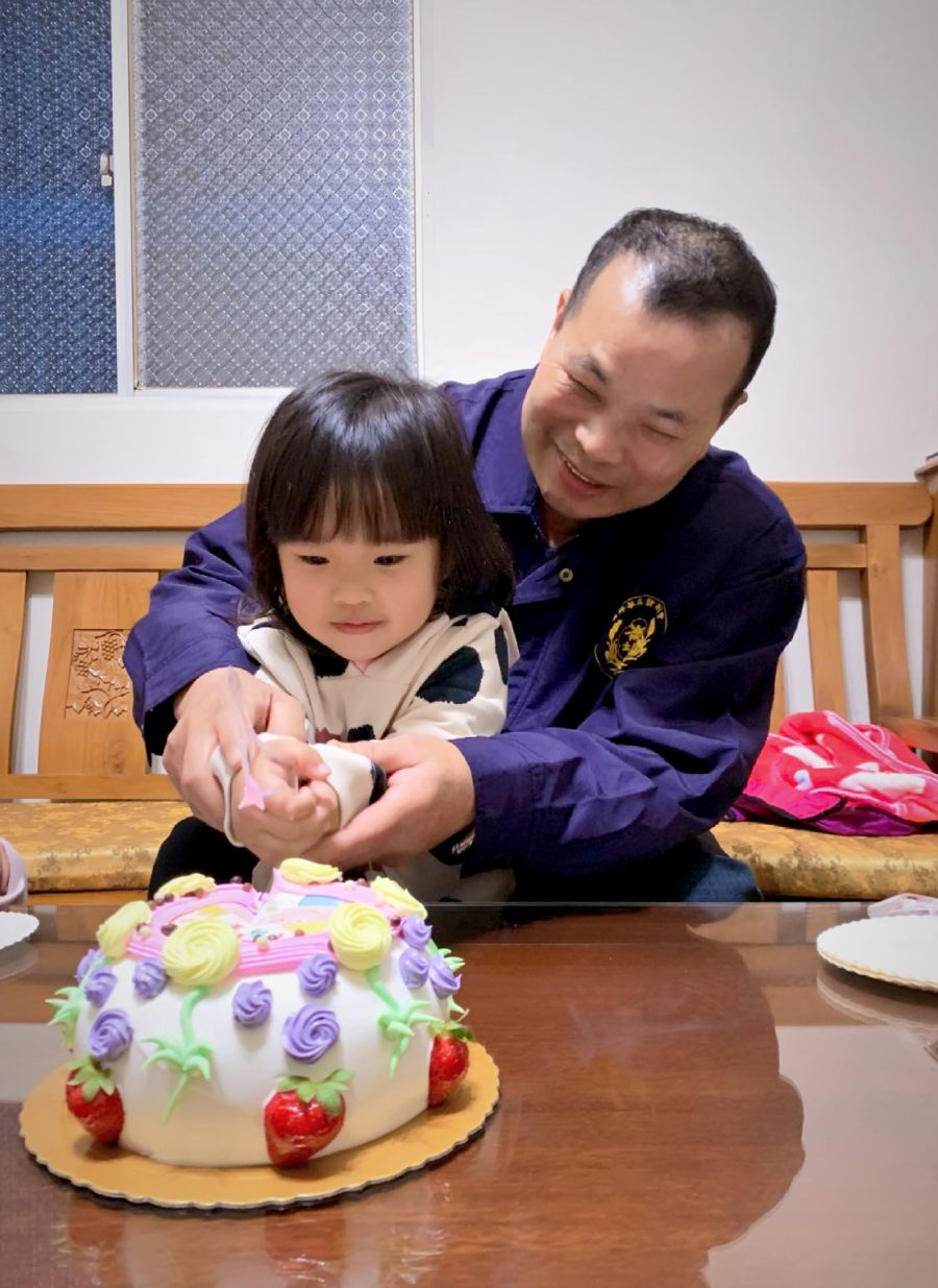 【檸檬生日】檸檬的3歲生日,與外公一同慶生日