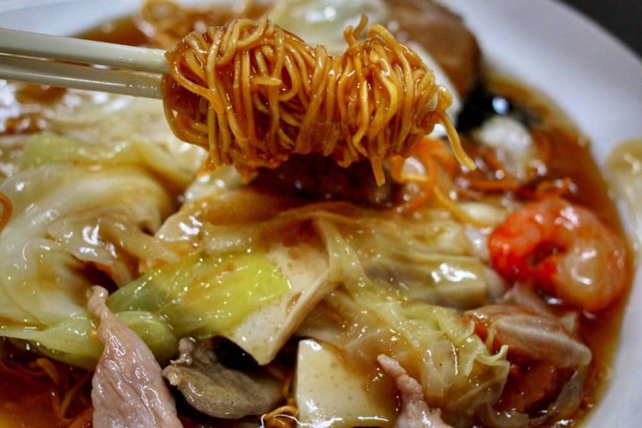 台中美食/金寶茶餐廳,近自然科學博物館的道地好吃港式料理,沒喝到凍檸檬紅茶,殘念!