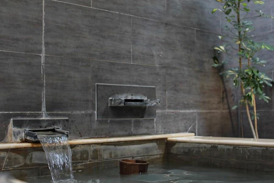 台北旅遊住宿/北投慧薗溫泉會館,泡湯就是要享受隱身在峇里島風格的秘境裡