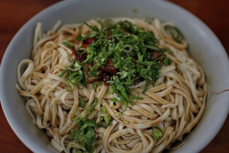 新竹平價美食/關西口福小吃(大碗公麵),吃到飽只要50元,沒吃飽老闆不給走!