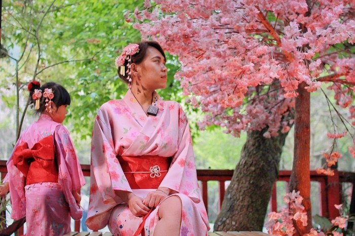 南投旅遊景點/溪頭妖怪村,不用出國也可穿和服來趟小日本之旅,再分享7間小吃,讓你吃喝玩樂沒煩惱!