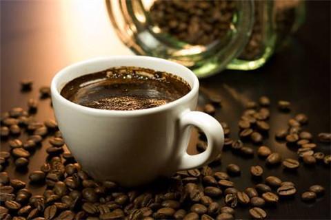 黑咖啡什么時候喝最好 黑咖啡喝多了有什么壞處 - 康途健康百科
