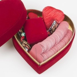 Sevgiliye Özel Mesajlı Kutu ve Kalp Kolye Hediye Seti