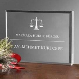 Avukatlara Hediye Masa İsimliği