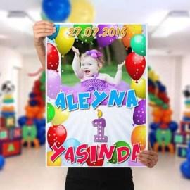 Çocuğa Doğum Günü Hediyesi Poster