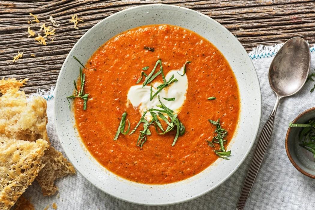 Geroosterde tomaat-paprikasoep
