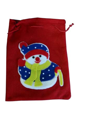 Christmas Gift Bag. Size:23*30cm 120pcs/0.037m3. NINGBO WELLMAX CO., LTD.