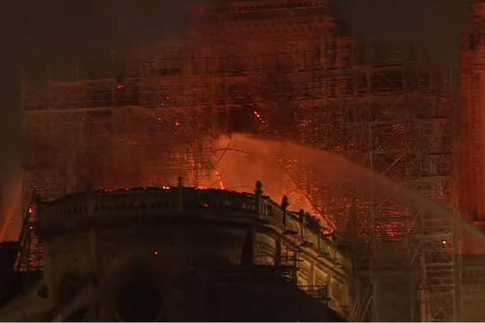 [旅行新聞] 失火了! 法國巴黎「聖母院大教堂」失火,屋頂大火,尖塔倒塌
