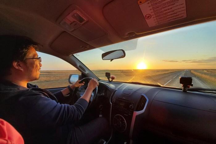 [想攝影92] 攝影日記 051 – 身為駕駛,既是專注在前方,也最是欣賞前方美景的一位