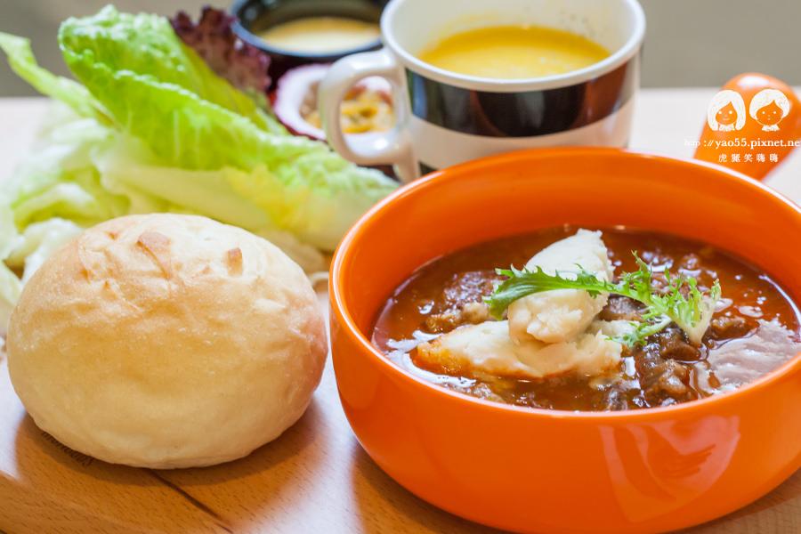 【美食】高雄 浪漫早午餐!Merci餐酒館,豐富美味的紅酒燉牛肉