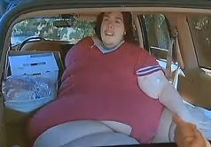 800-Pound Man Says He Was Booted From Hospital For ...