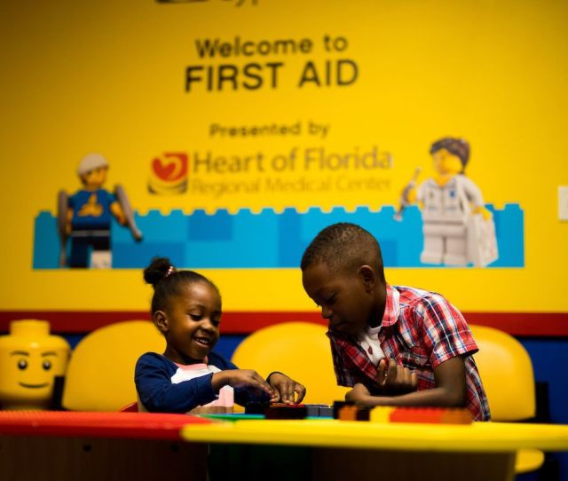 Legoland Park Includes Quiet Rooms And Other Features For Guests With Autism Huffpost Life