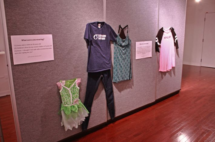 This exhibition has put up clothes worn by rape victims to prove it wasn't 'their fault'-ის სურათის შედეგი