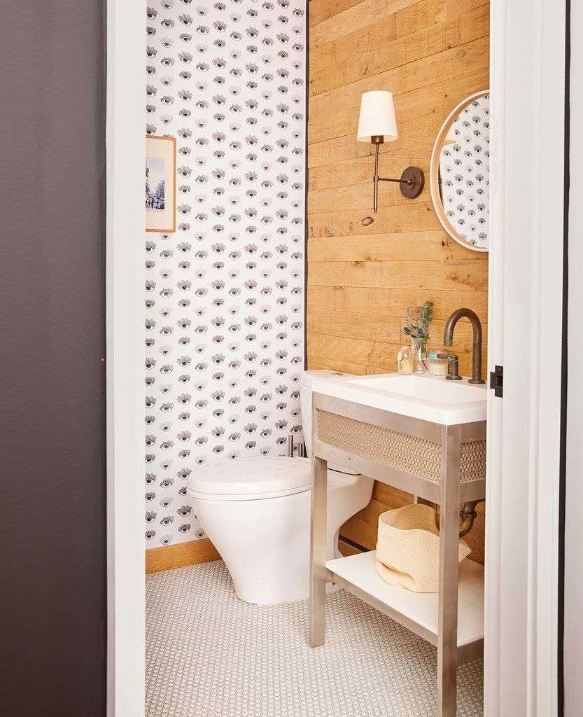 how to use wallpaper and tiles together