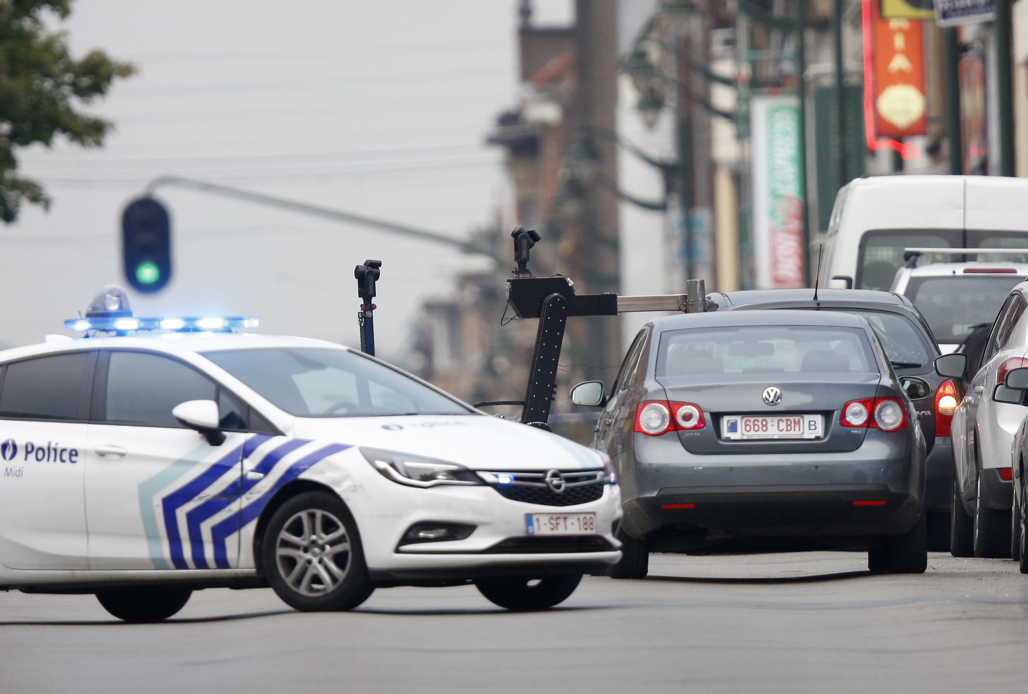 Aστυνομικοί πυροβόλησαν άνδρα με μαχαίρι σε σιδηροδρομικό σταθμό