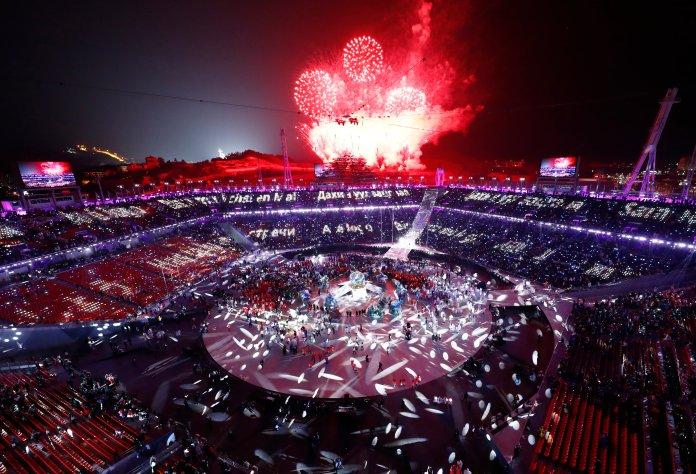Stunning Photos Capture The 2018 Olympics' Closing Ceremony In All Its Glory Stunning Photos Capture The 2018 Olympics' Closing Ceremony In All Its Glory 5a92c440210000eb066023d6